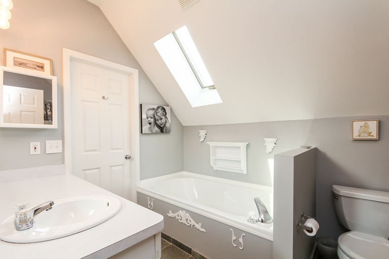 4163 Boulder Pond Drive-Master Bathroom