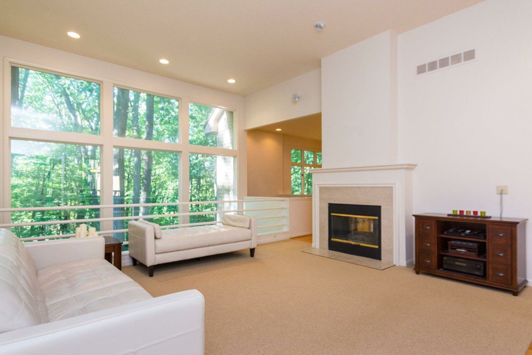 5243 Red Fox Run - Great Room