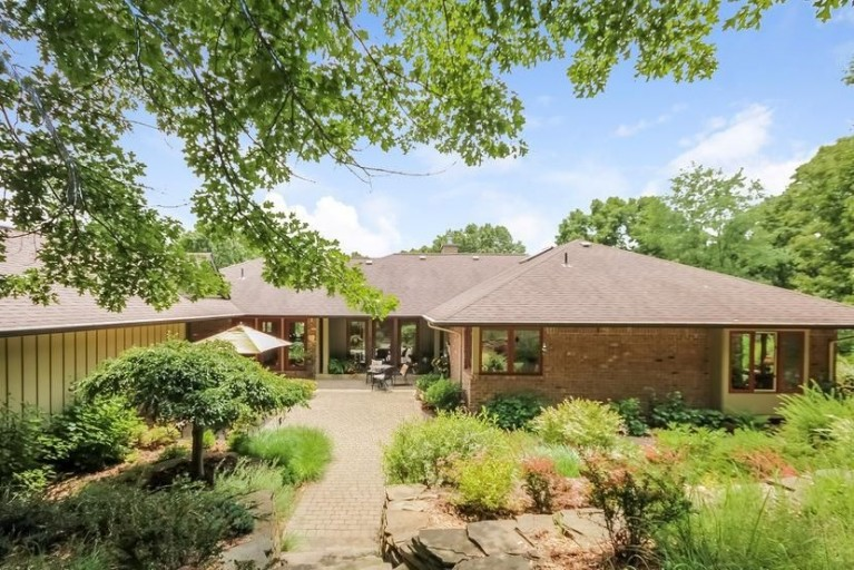 16998 Walker Road - Grass Lake