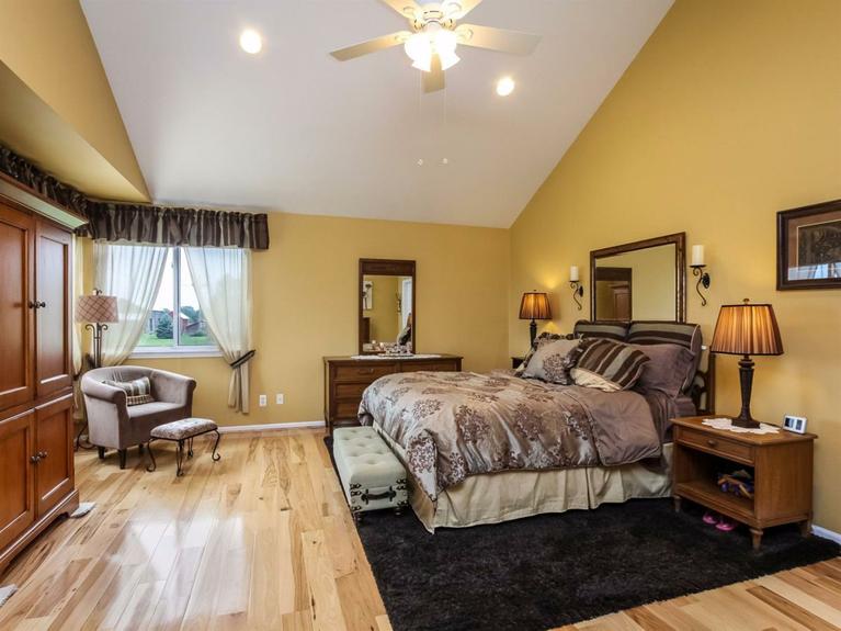 11900 Island Lake Road - Master Bedroom