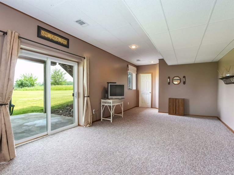 11900 Island Lake Road - Lower Level