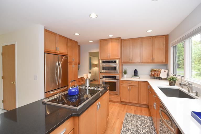 1215 Southwood Court - Kitchen