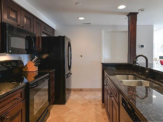505 E. Huron Street - Kitchen