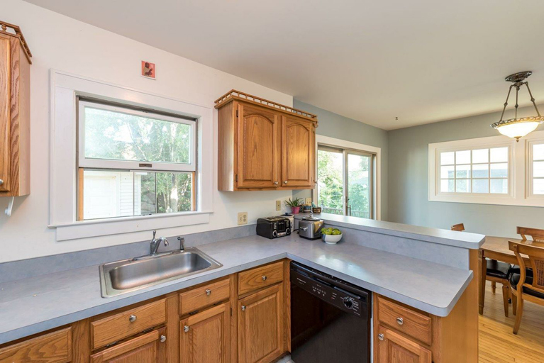 211 Buena Vista - Kitchen