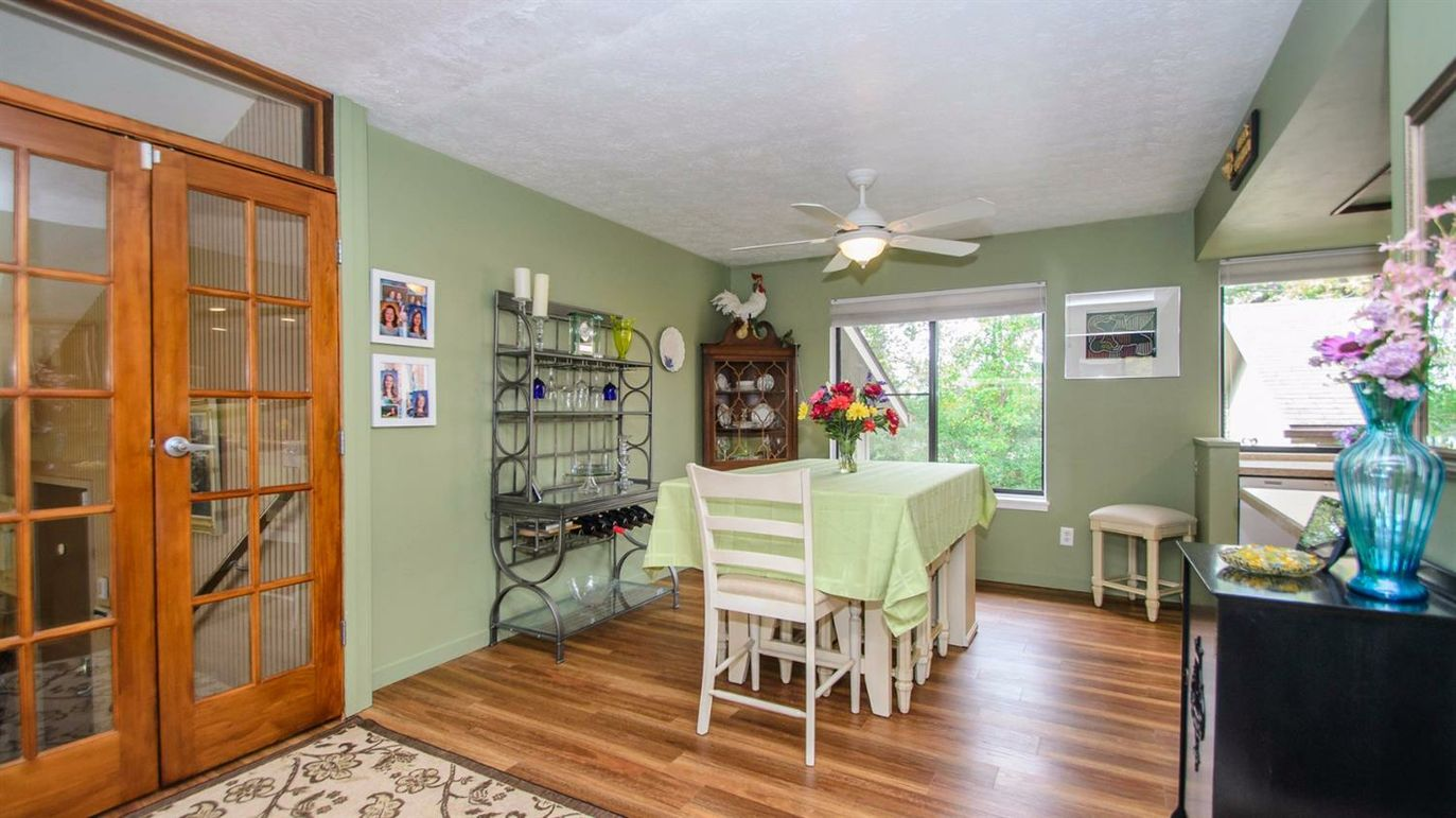 5179 Chrstine Court - Eat in Kitchen