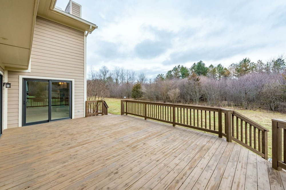 2344 Tessmer Road - Deck