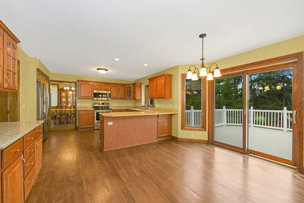 3682 Tims Lake Boulevard - Kitchen