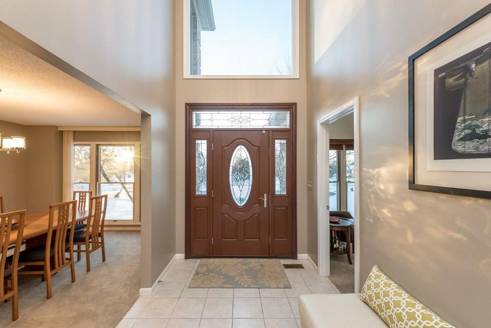5713 Lohr Lake Drive - Entry