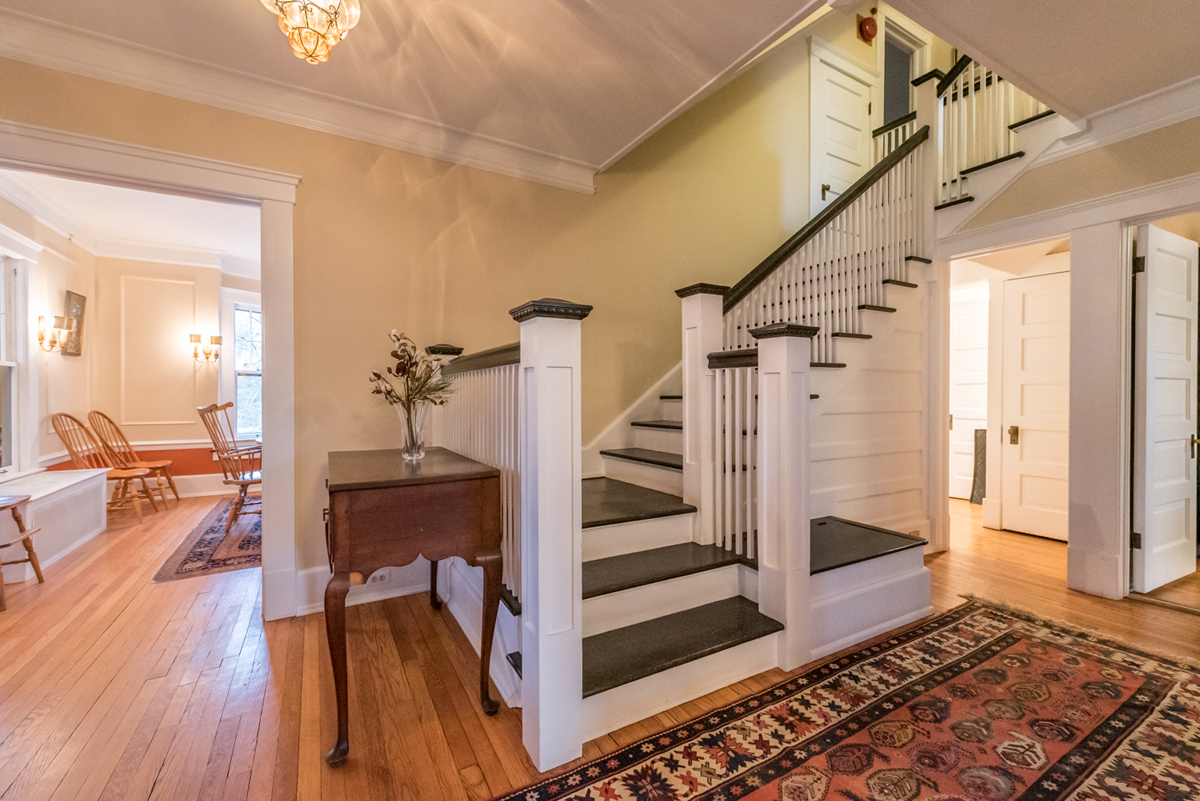 1908 Scottwood Ave- Front Hall