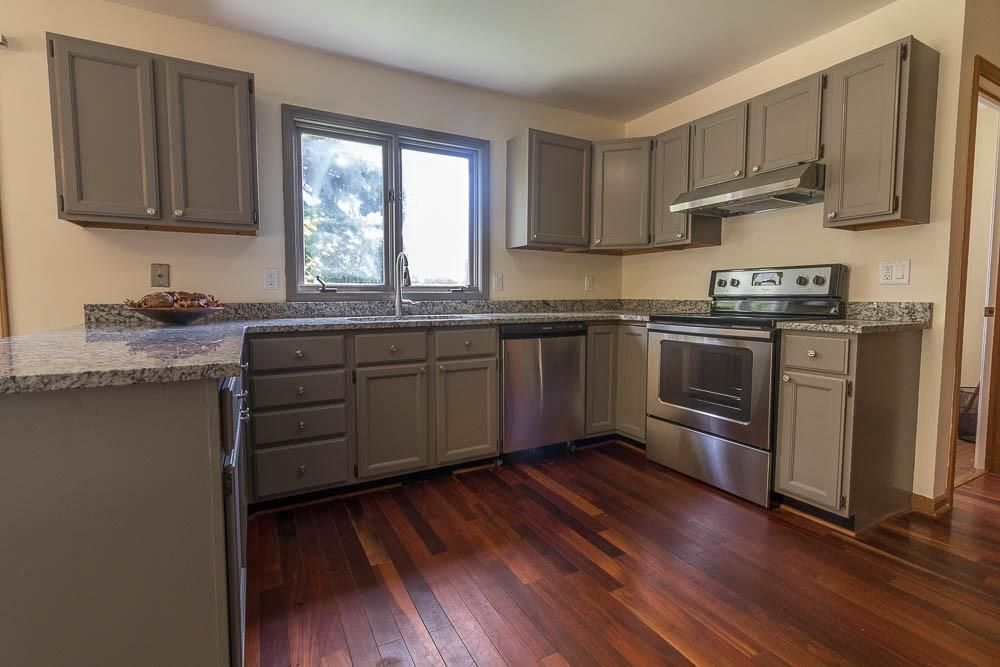 3031 Cedarbrook Drive - Kitchen