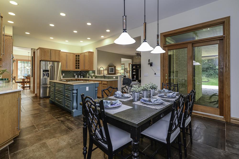 8510 Oak Ridge - Kitchen