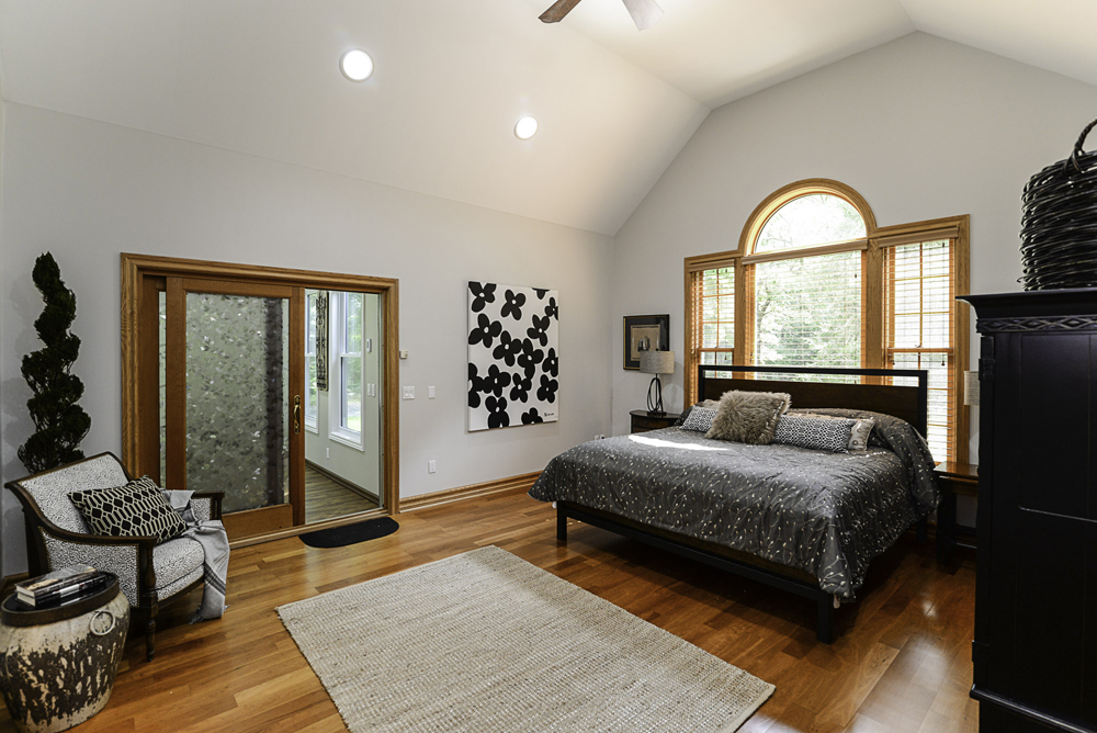 8510 Oak Ridge - Master Bedroom