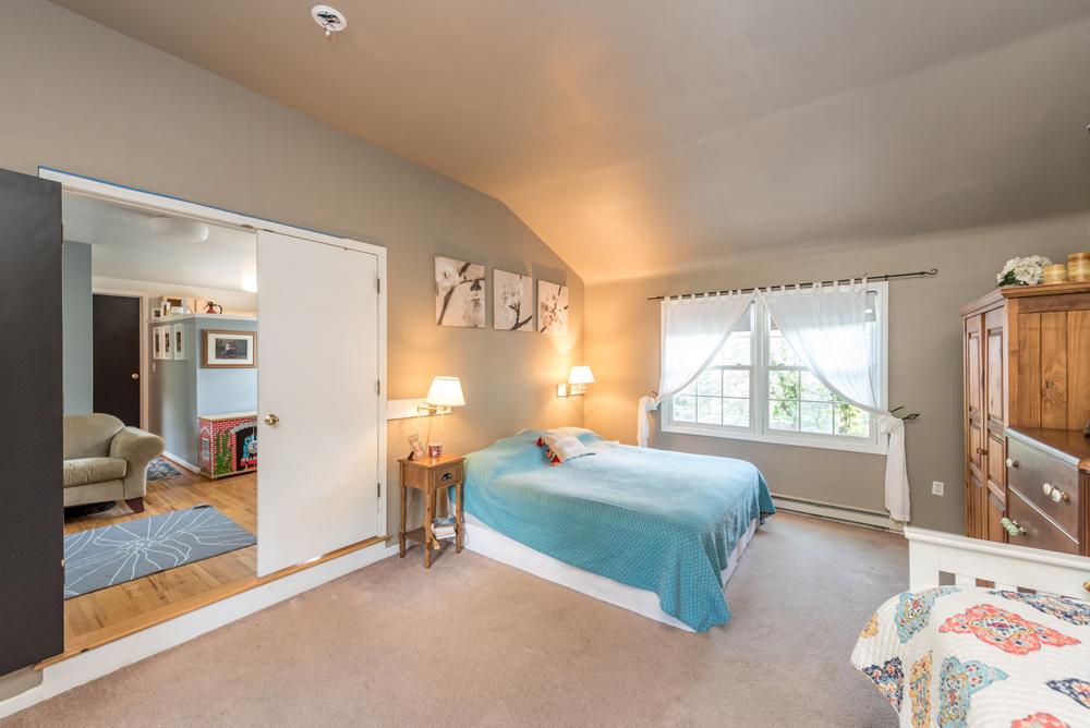 2110 Shadford Road - Loft Suite