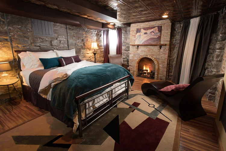 Historic Weber House | Romantic Hotels Near Ann Arbor