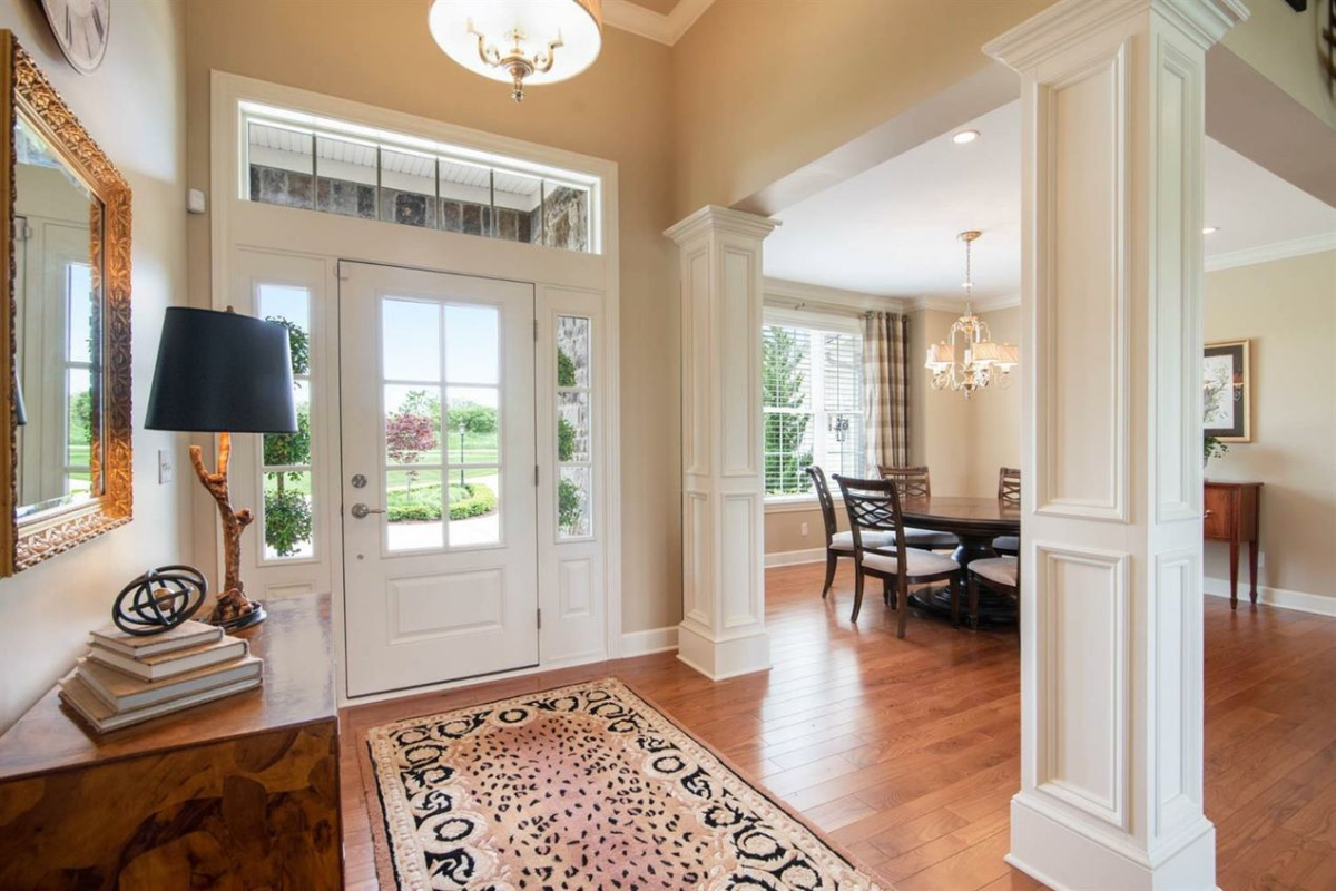 4231 Red Mesa Court - Entry