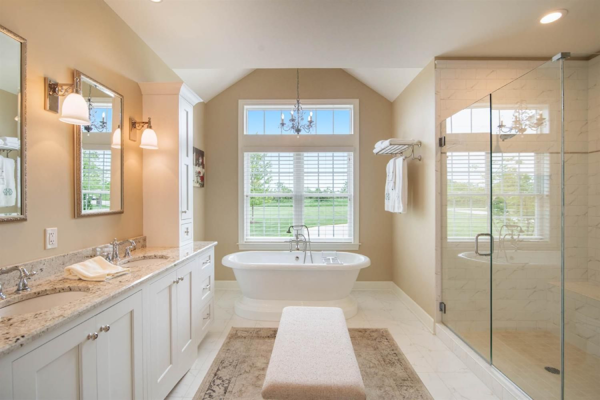 4231 Red Mesa Court - Bathroom
