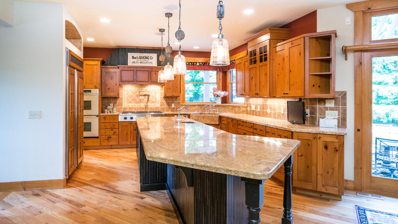 3905 Preserve Drive - Kitchen