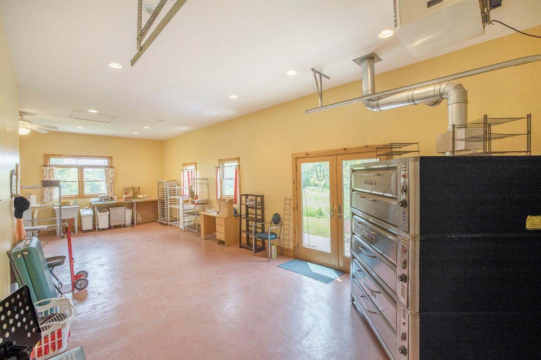 4871 Pratt Road - Bakehouse