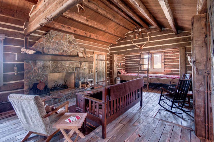 13 Charming Airbnb Rentals Perfect For A Northern Colorado Getaway