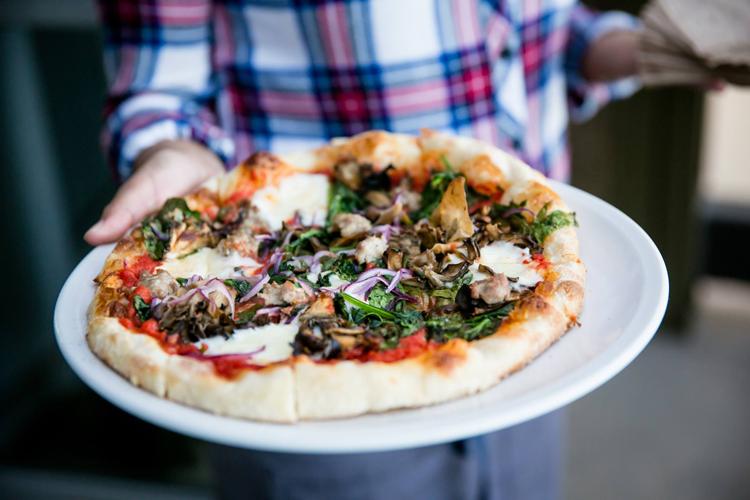 Fantastic The 15 Essential Farm To Table Restaurants In San Francisco Home Interior And Landscaping Ymoonbapapsignezvosmurscom